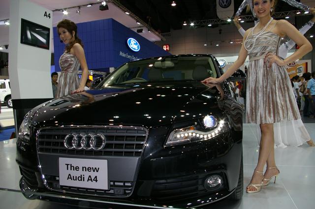 Audi キャンペーンガール01